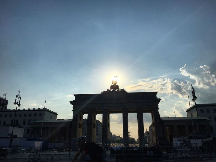 Architecture Berlin Brandenburger Gate Brandenburger Tor Building Exterior Built Structure City Cloud - Sky Day No People Outdoors Sky Sun Sun Beams Sunlight Travel Destinations