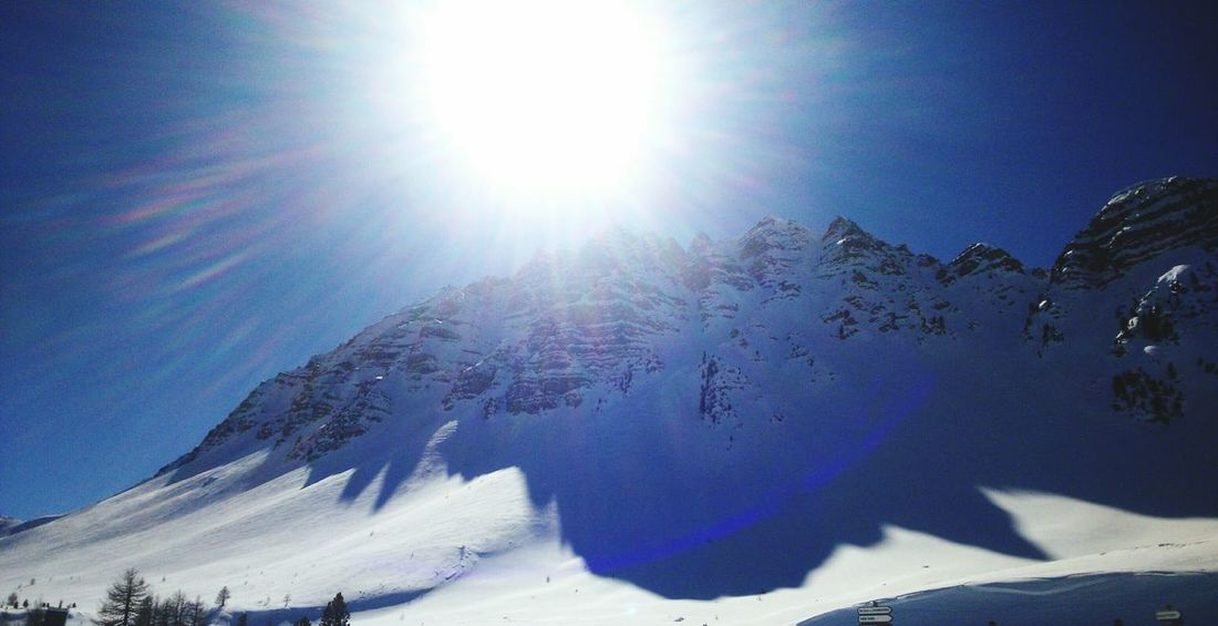 Sun over the mountain Blue Sky Moutain Top Snow Moutains Vars Holidays Sun-collection Sun Reflection