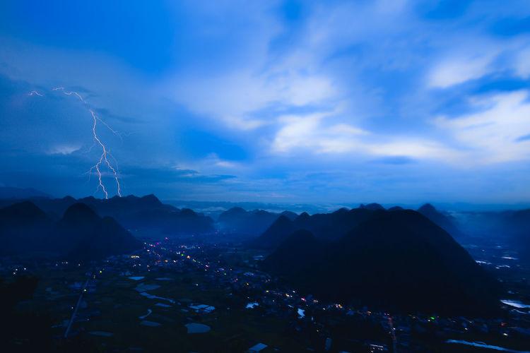 Thunder after rain. Thunderstorms Thunderbolt Thunder Thunder And Lightning Thunderbolts EyeEm Vision Catching Lightning Beauty In Nature Landscape Cloud - Sky Lighting Bolt Lighting Up The Sky Lightingmyeyeem