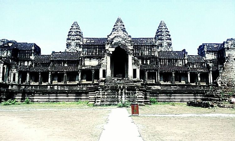 Angkorwat Angkor Wat Angkor Thom At Angkor Wat Cambodia Cambodia Onlyincambodia AngkorWatTemple Angkor Temple AngkorWatt Angkor In Cambodia at the Angkor Wat.....or abode of the Gods. Learn & Shoot: Simplicity