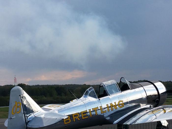 T6 Airshow Sky