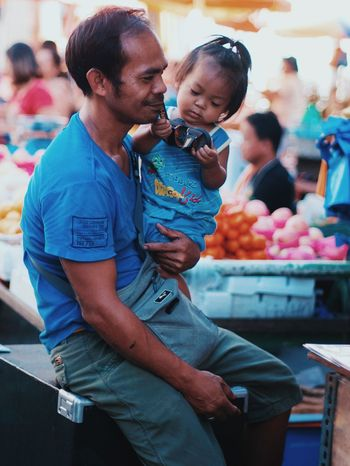 Father And Daughter Market Happiness Child Fatherhood  Quiapo Manila, Philippines Street Photography