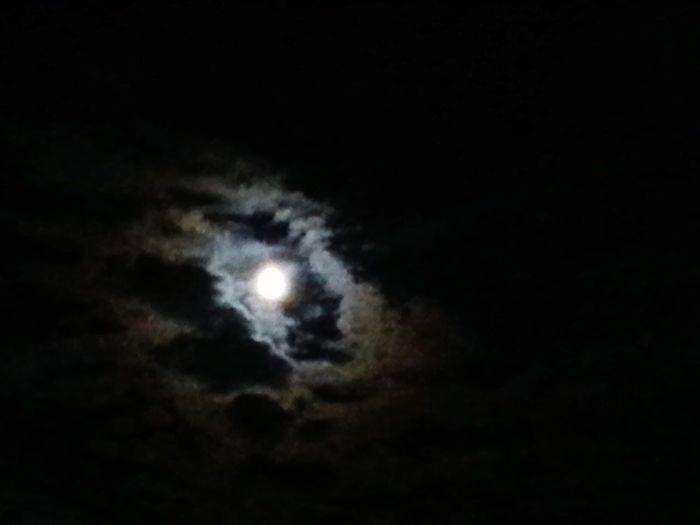 lunaa :) Moon Moonlight First Eyeem Photo