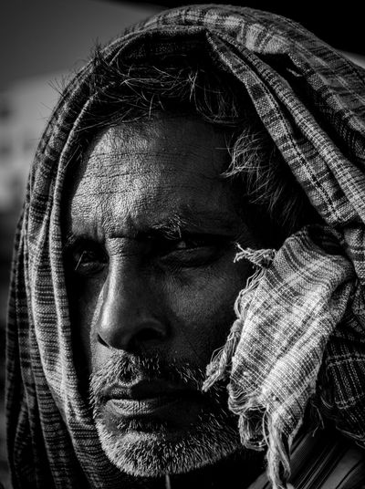 ©Amvi G Photography Even after Misery, see hope. Hope in the depth of Eyes. That's what this man holds. EXIF: D5300 - 18-140mm Shutter Speed : 1/250 Aperture : f/5.0 ISO : 100 Focal Length : 62.00 mm #Amvigphotography #picoftheday #photographer #photography #photooftheday #natgeo #india #indianphotographer #photographersofindia #portraits #blackandwhite #hope #delhgram #dfordelhi #storiesofindia #streetphotography #streetsofindia #streetsofdelhi #photographer #photography