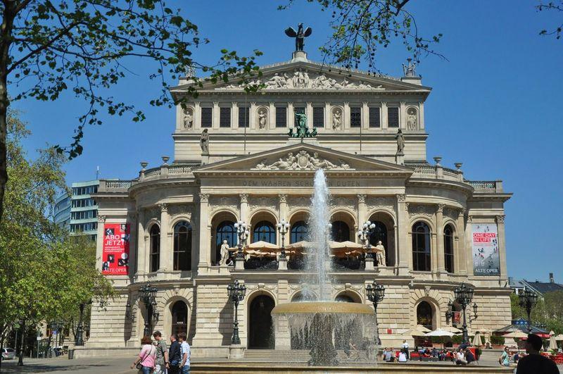 Operahouse Opernplatz Alte Oper Fountain Water Jet Frankfurt Am Main
