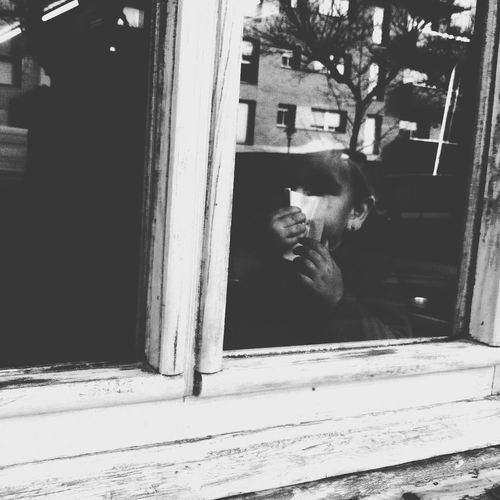 Life behind the mirror Blackandwhite Fltrlive Streetphotography AMPt_community