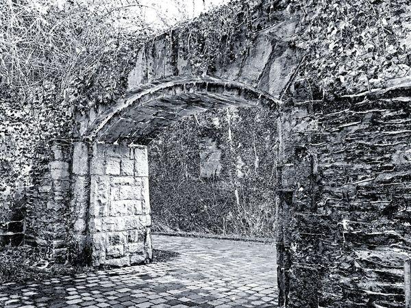 Gräften-und Wallbummel in Soest. Architecture_bw Arc Durchgang Bogen Torbogen Mauer Black And White Blackandwhite