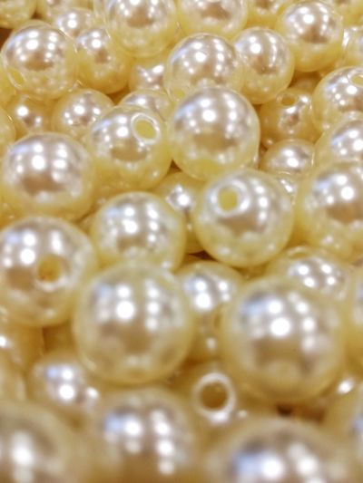 Large Group Of Objects Backgrounds Pearls Jewelr Pearls Lights