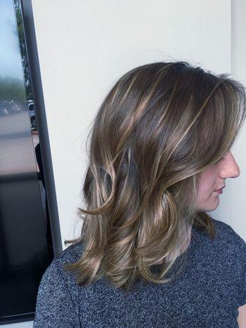Haircolor Blondie Confident