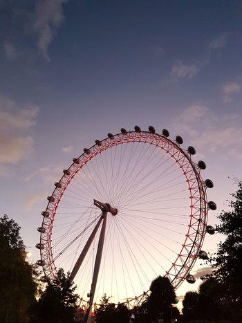 London Eye Ferris Wheel Silhouette No People