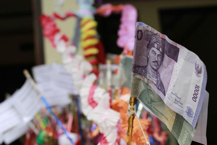 money on a stick Bank Note Cash Currency Notes Decoration Gifts Money Indonesia Paper Currency Parcel Payment In Cash Present Selective Focus Souvenir