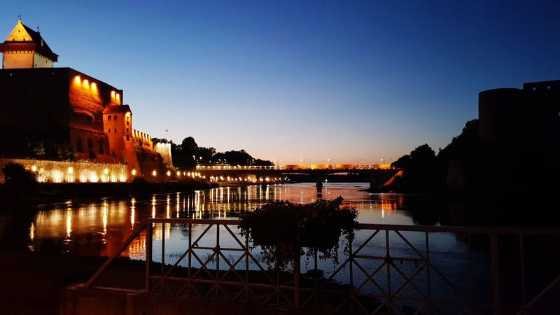 2 castles Narva Balticstates Baltics Visitestonia Castle Castles History Historic Light Lighted Night Citynights Nightlife Europe Baltic Countries Walk Sunset Sky Building Exterior Calm Tranquility Waterfront Idyllic HUAWEI Photo Award: After Dark
