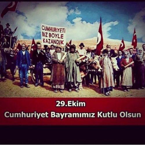 Cumhuriyetimizin 91.yılı kutlu olsun .Devlet Osmanlı torunlarına emanet Asena