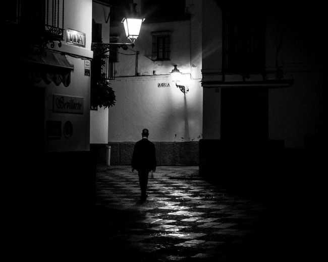 Silhouette Full Length One Person Walking Built Structure Rear View The Way Forward Shadow Night One Man Only People Real People Building Exterior City Sevilla Seville Seville,spain Sevilla Spain Sevilla Andalucía Seville Spain Plaza Street Photography Street Streetphotography Streetphoto_bw