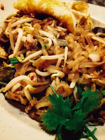 Food Porn Eating Iphone 6 Food Photography First Eyeem Photo Thai Food Noodles Phad Thai thai style grass noodle