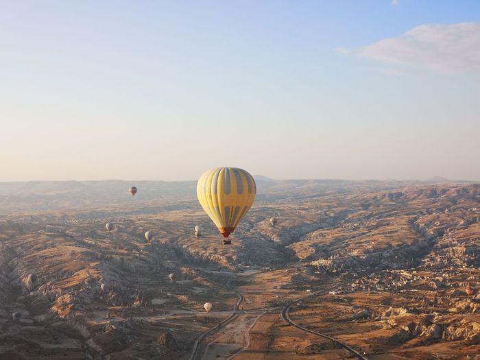 EyeEm Selects Hot Air Balloon Ballooning Festival Flying Mid-air Air Vehicle City Sky Landscape