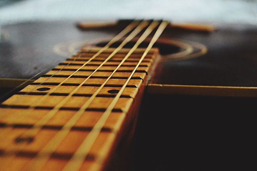 Let's play?🎸🎼🎶 Guitar Musical Instrument String Fretboard Musical Instrument Selective Focus Musical Equipment Music Woodwind Instrument Indoors  Close-up EyeemTeam EyeEm Eye4photography  Relaxing Light And Shadow Eyemphotography Contrast Lovephotography  Littlethings Home Home Sweet Home