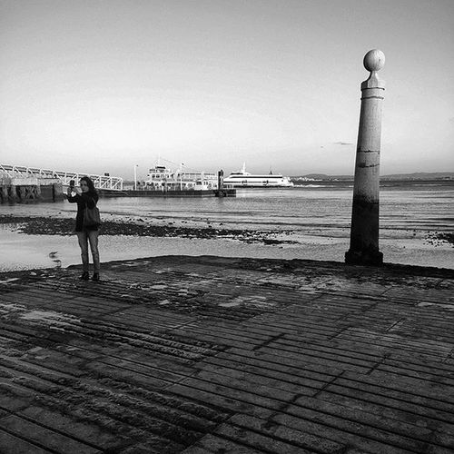 Portrait Selfie Souvenir Caisdascolunas Lisbonlovers Lisbon Portugal Igers_portugal Igers Bnw_captures Faded_world Faded Blackandwhitephotography Mysquarehere Landscape Liveit Enjoylife Vscoportugal Vscolife Bnw_planet
