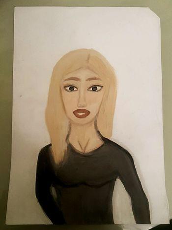 девушка рисунок черная кофта