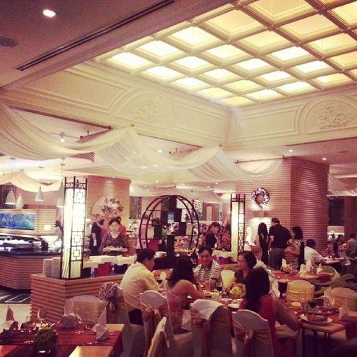 it's a buffet... keep calm people HappyTurkeyDay  Hochiminh Vietnam