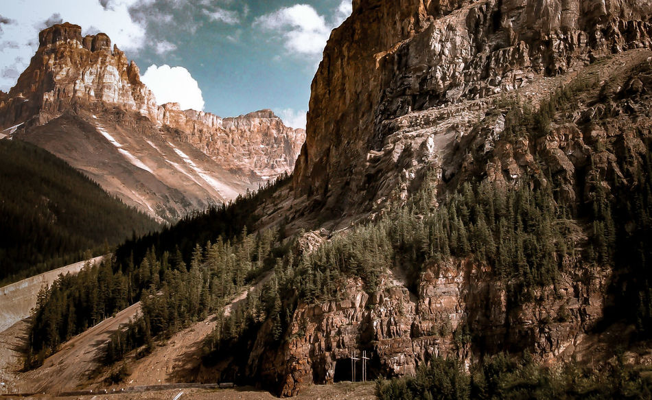 Happpppy Tuesday! :D say it with all of those p's too Beauty In Nature Landscape Mountain Mountain Addict Mountain Range Nature Nature No People Outdoors UNESCO World Heritage Site Waterton Lakes National Park