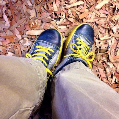 Herbstliches #Schuhezeigen auf dem Fetzenteppich. Wie reinigt man so ein Teil eigentlich?