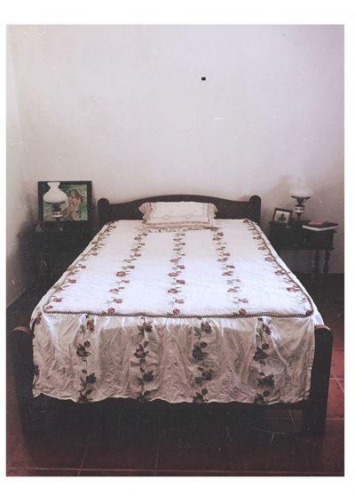 [ 10 août 2016 ; 12:54 ] Indoors  Vintage VintageBedroom Travel Portugal