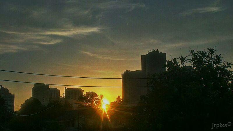 From My Doorstep EyeEm Best Shots EyeEmBestPics Sunset Sunset_collection Enjoying The Sun Sunsets Urban Landscape HDR Evening