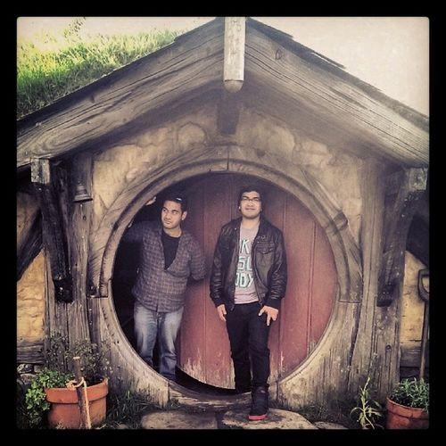 Hi I'm a Hobbit and welcome to my Crib !Mtv Cribs hobbiton newzealand travel thehobbit lordoftherings