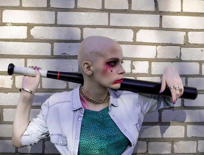 Person Fashion Baldhead Serious Strongwoman Life Wall Makeup Carcinoma Young Young Women Photography Photo First Eyeem Photo