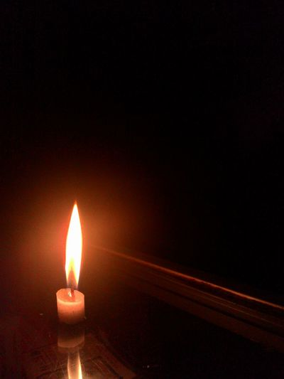 Relaxing Taking Photos Check This Out Take A Photos Photographer Candlelight just a little candle light in a big dark