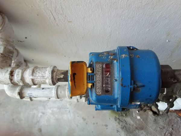 Water meter,at my apartment,end of month bills must settle. Apartment Buildings Houses Repairing Apartment Bills Blue Close-up Cold Temperature Connection Day Drink Drinking Indoors  Maintainance Meter No People Pipe Rental Sales Technology Thermostat Water Water Filter Water Meters Winter