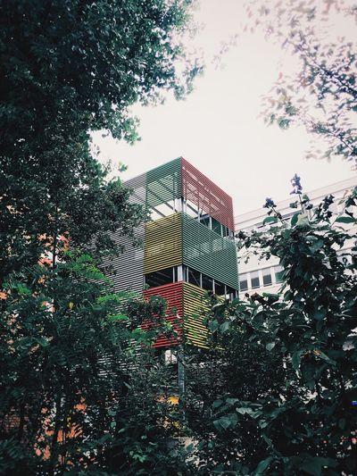 Colorful building. Stuttgart Stuttgartmobilephotographers Weroamgermany Gospelforum Eyeemstuttgart Stuttgartmobilephotographers