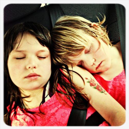 Så dejlige mine to piger er!!
