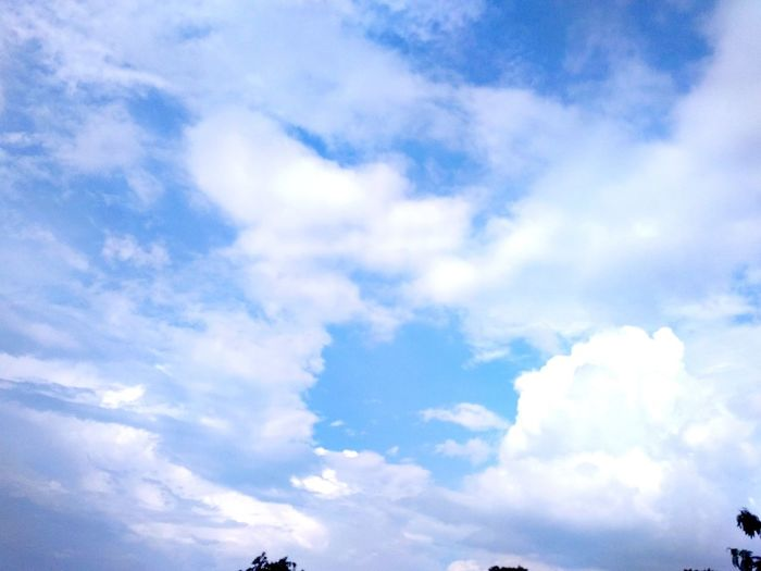 white clouds in the blue sky White Cloud - Sky Cloud Clouds And Sky Cloudy Sky Clouds And Sky Colors Sky And Clouds Skyandclouds  Blue Backgrounds Sky Only Full Frame Sky Cloud - Sky
