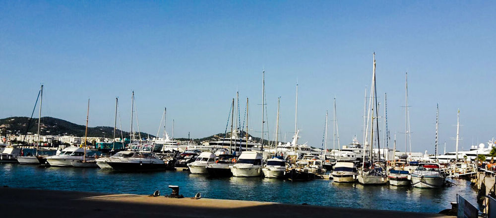 Ibiza Stadt Schiff Isla De Ibiza Sunshine Summerday Insel Ibiza Balearen Blue Ocean Blue Sky Meer Bucht Jacht Jachthafen