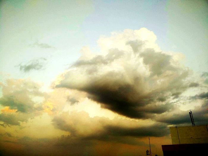 Not all clouds have silver lining. Sky Outdoors Lastrays Goldenshine Nature Dusk First Eyeem Photo Cloud - Sky Mobilephotography EyeEmNewHere Art Is Everywhere The Great Outdoors - 2017 EyeEm Awards Neon Life Lost In The Landscape