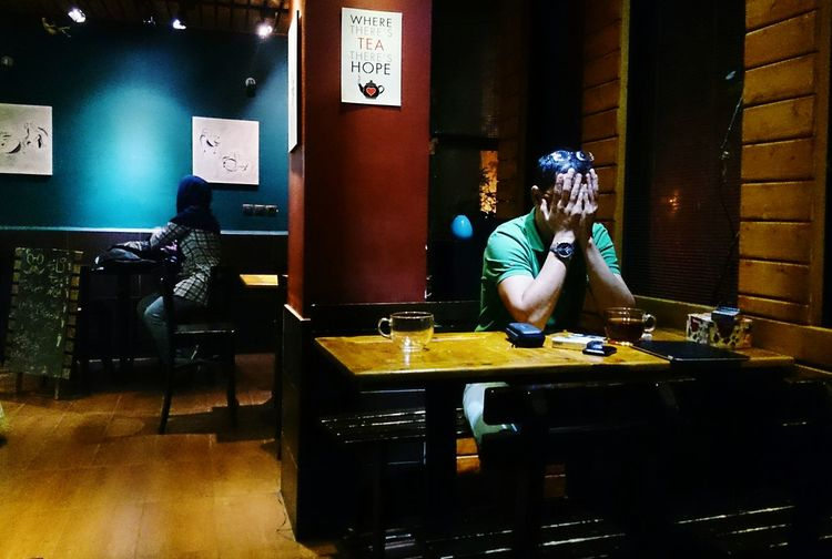 Coffee Shop Tehran Iran People