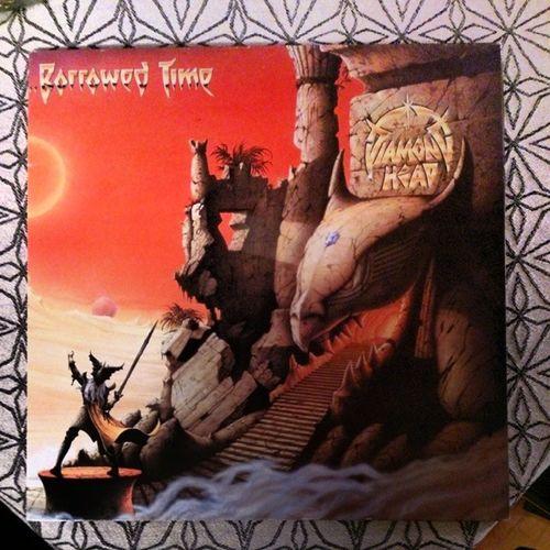 Veckans vinyl blir borrowed time av Diamond Head, ett av alla band som dök upp i England i början av åttiotalet. Vinyloftheweek Vinyl Vinyllover Recordmaniac recordlover records diamondhead borrowedtime