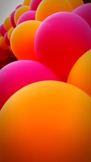 Orange Pink! Pedrographybh Multi Colored Orange Pink Balloons WeekOnEyeEm Bahrainlife Lifeinthemiddleeast Dunkindonuts