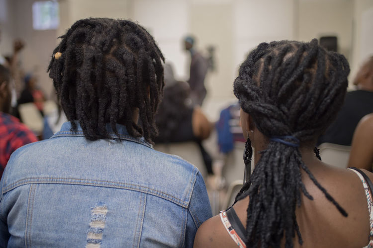 Duo African Couple Close-up Dreadlocks Focus On Foreground Indoors  Lifestyles People Real People Rear View Women