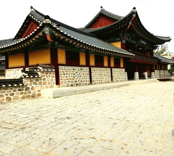 Architecture Cultures Built Structure Gold Colored Arts Culture And Entertainment Day Roof Travel Destinations Tradition Korean Traditional Architecture Old-fashioned Antique Architecture