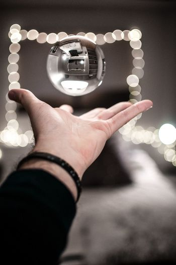 Gravity ⛎ #ball #levitation Room Decor Room Ilusion Light And Shadow Fairy Lights Crystal Firstpersonview Point Of View Human Hand Human Body Part Holding One Person People Indoors  Real People Close-up Day