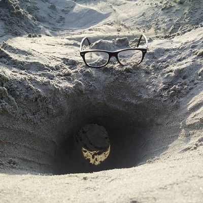 Handshake tunnel dug out...!! Sand Theganges Beach Riverbank Play Childhood Natural Relaxmode Enjoyinglife  Nostalgia Special_shots Spectacular Oneplusonephotography Crazy Pitsofinstagram Specs PhonePhotography Seethrough Instamood Glasses Creative Naturephotography Havingfun Innerchild Civilengineering