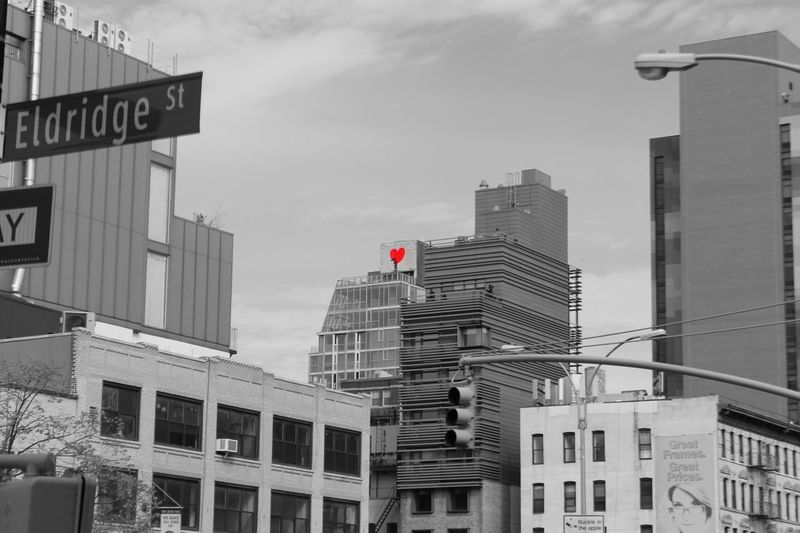 Skyscraper Architecture City Building Exterior Urban Skyline Modern Office Building Exterior Cityscape Downtown District Built Structure Outdoors Office Business Day Sky DOPE Architecture Blackandwhite TouchOfRed Street Beautiful EyeEmNewHere Eyeemphotography EyeEmBestPics EyeEm