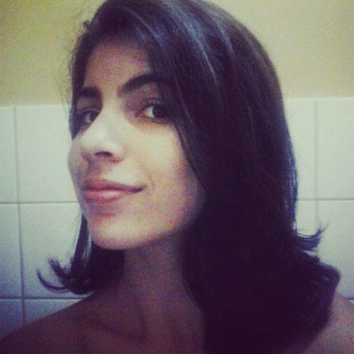Bom dhêa/tarde! :) Acordar e bater foto no banheiro é 'dendência'. Okay? Hahah 1minibjo! :* Bomdia Boatarde Boraalterar Sqñ muah