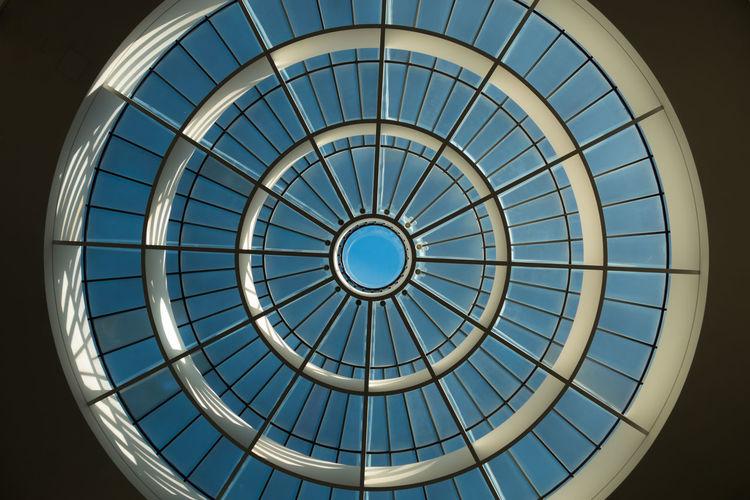 Architectural Design Architectural Feature Architecture Architecture And Art Blau Blue Built Structure Ceiling Circle Design Directly Below Dome Geometric Shape Glasdach Glass - Material Kreis Low Angle View Modern Repetition Round Sky Light Skylight