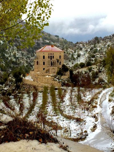 Relaxing First Eyeem Photo Snow Day ❄ Snow ❄ Old House Traditional House house The House On The Hill Amazing Wonderful Batroun
