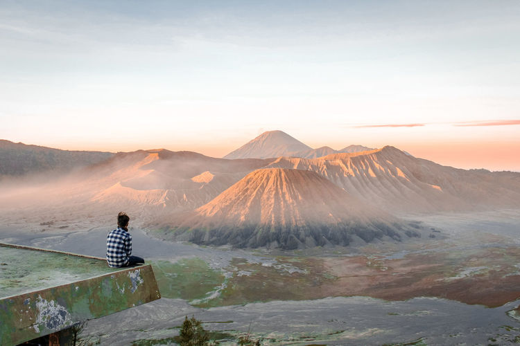 enjoy Bromo Bromo Indonesia Bromo Mountain EyeEm Best Shots EyeEm Gallery EyeEm Nature Lover Bestoftheday Photooftheday Photography EyeEm Landscape_photography Mountain Beauty In Nature Environment Scenics - Nature Travel Landscape Travel Destinations People Nature Fog Sky Land Mountain Range Tranquil Scene Tourism Non-urban Scene Non-urban Scene Tranquility Sunset Outdoors Mountain Peak A New Beginning