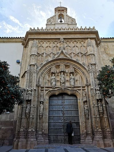 Gotic Architecture Cordoba Spain Church Church Architecture Roma Cordobesa Redefining Menswear City King - Royal Person Place Of Worship History Politics And Government Arch Ancient Civilization Sky Architecture Built Structure Triumphal Arch Bas Relief Archaeology Mausoleum Old Ruin Ancient History Monument